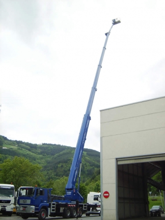We have the tallest lifting gear in the world: 101 metres